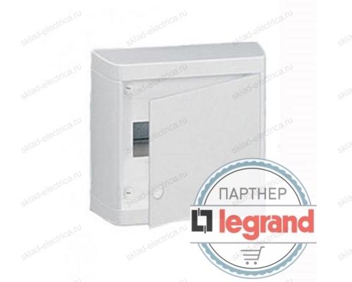 Щит Legrand Nedbox накладной на 8 модулей с шинами N+PE с белой дверью