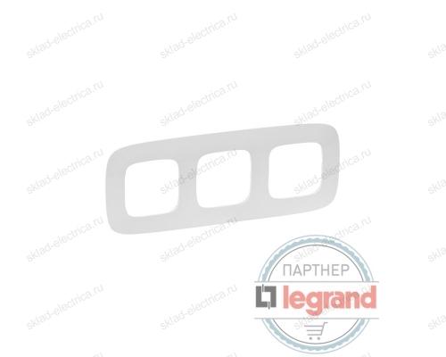 Рамка тройная Legrand Valena Allure, белый 754303