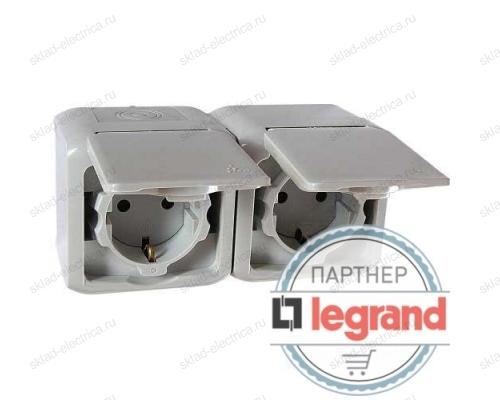 Розетка сдвоенная с заземлением без шторок IP44 Legrand quteo 782353