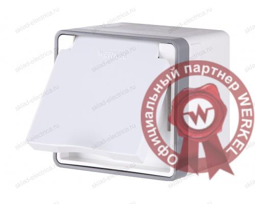 Розетка влагозащищенная с заземлением, защитной крышкой и шторками  WL15-02-04 белый