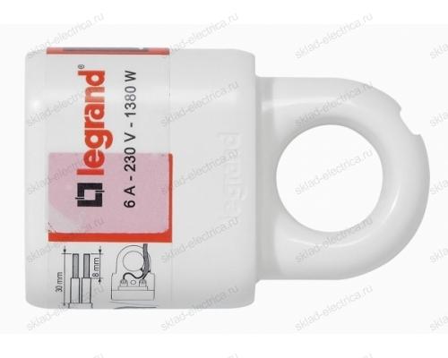 Legrand Элиум Белый Розетка 2Р, 6А, пластик - с кольцом 50166